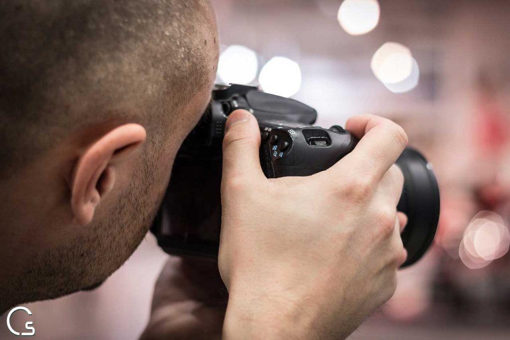 موقع لعمل مقارنة بين كاميرات DSLR